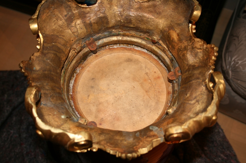 Vase décoratif en porcelaine de la Chine, dite de couleur Rouge Sang de Boeuf - 19ème