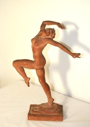 «Ballerina» - Épreuve en plâtre teinté, signée Emmanuel André CAVACOS