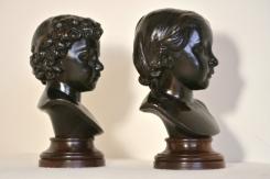Sculptures en bronze, Paire de bustes d'enfants, 19ème