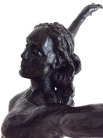 Sculpture d'une Danseuse, en bronze à patine brune, signée D. HERMELLIN