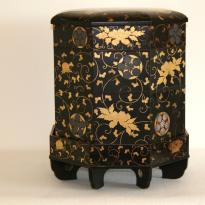 Boîte octogonale laquée - Japon